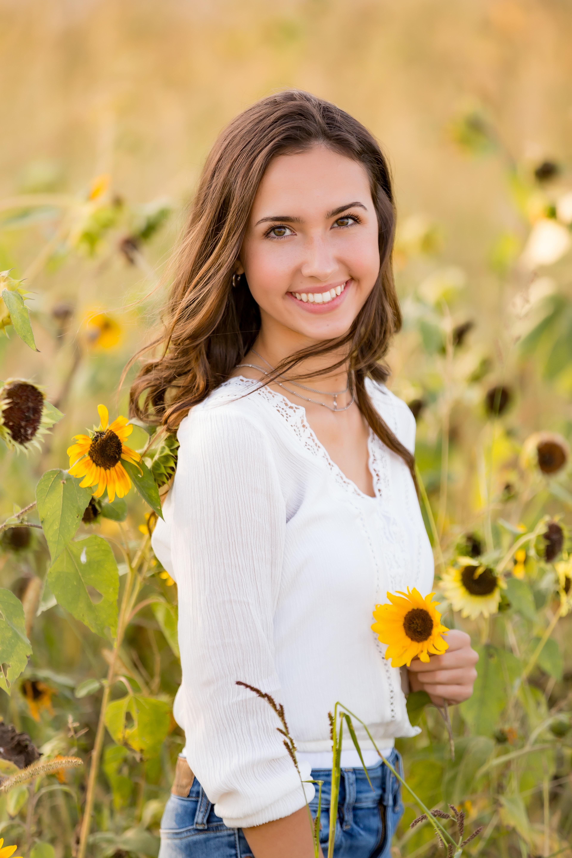 Grace-Miller-Senior-19